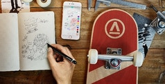 How to Paint on the Go: Our Travel Tips & Techniques