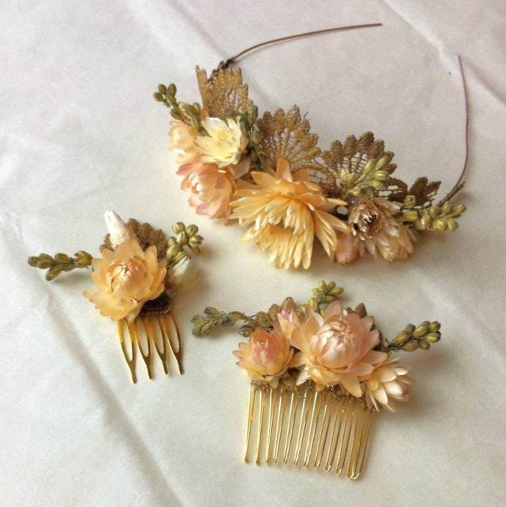 Ruth Boyd, Immortal Florals, dried flower hair slides