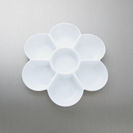 Jakar White Plastic Flower Shaped Palette | Cass Art