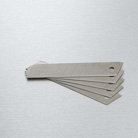 Jakar Cutting Knife Blades for 7332 and 7340 Pack of 5 Large | Cass Art