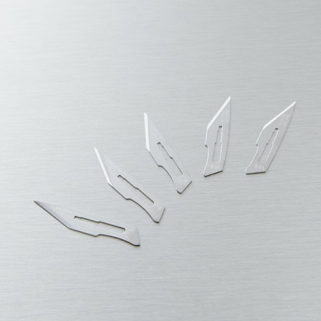 Swann-Morton Surgical Scalpel Blade No.10A Pack of 5 | Craft Cutting | Cass Art