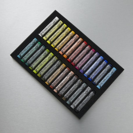 Rembrandt Soft Pastels Full Length Set of 30 | Cass Art