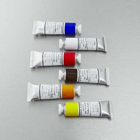 Michael Harding Oil Paint | 60ml, 225ml, 1litre & 2.5 litre | Artist Oil Paint | Cass Art