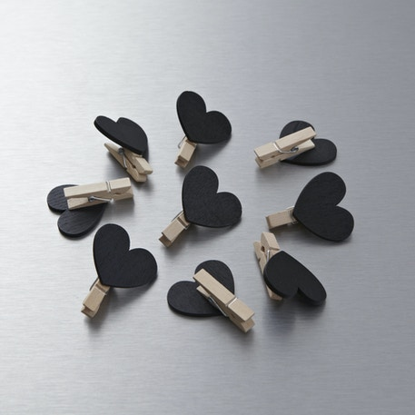 Papermania Heart Chalkboard Pegs Pack of 9 | Cass Art