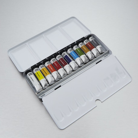 Artists' Watercolour Gift Set with Paint, Paper, Brushes and Gift Bag   Cass Art