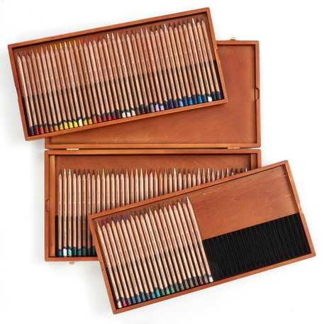 Derwent Lightfast Coloured Pencils Wooden Box Set of 100 | Cass Art