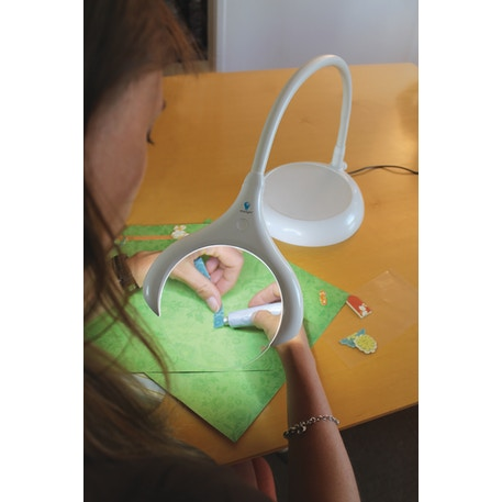 Daylight Magnificent LED Magnifying Lamp | Cass Art