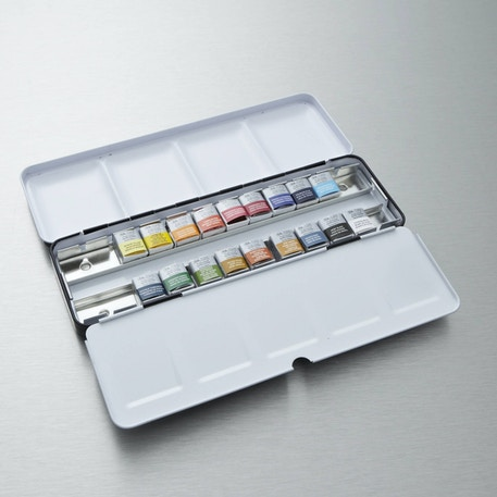 Winsor & Newton Artists' Choice Professional Water Colour Set of 18 | Watercolour Paints | Cass Art