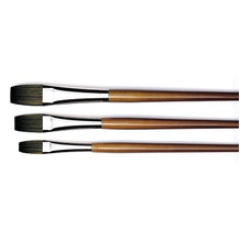 Isabey Isacryl Long Flat Series 6582 Brush