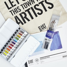 Artists' Watercolour Gift Set with Paint, Paper, Brushes and Gift Bag