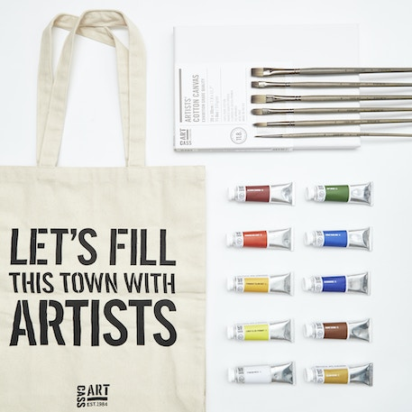 Artists' Oil Gift Set with Paint, Canvas, Brushes and Gift Bag | Cass Art