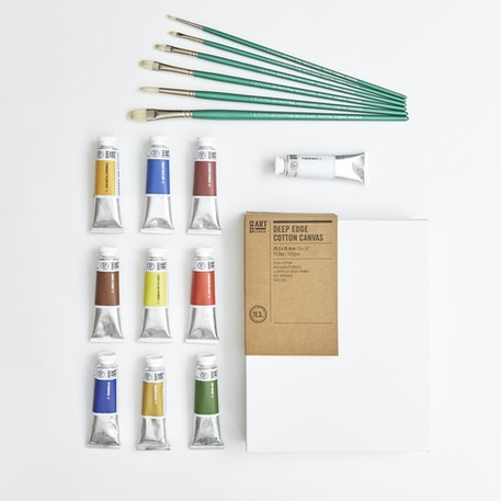 Professional Oil Painters Set with Paint, Brushes & Canvas | Cass Art
